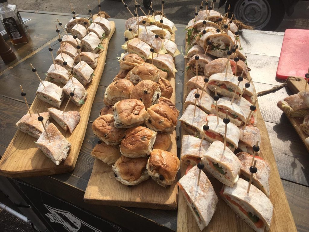 catering luxe broodjes hapjes buffet