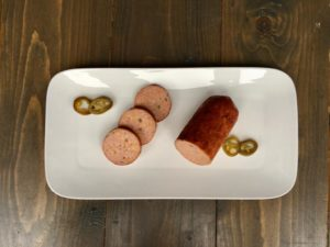 grillworst Texas style met jalapeno peper en cheddarkaas